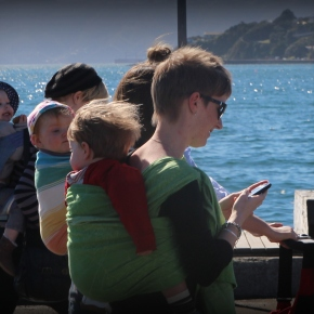 Celebrating Babywearing – Wellington style!